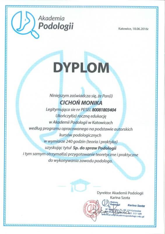 dyplom dla Moniki Cichoń